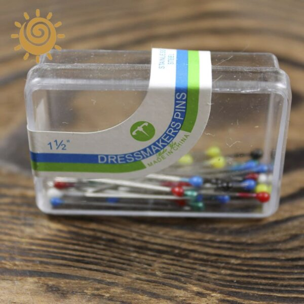 Булавка з пластмасовою круглою головкою в коробці 1